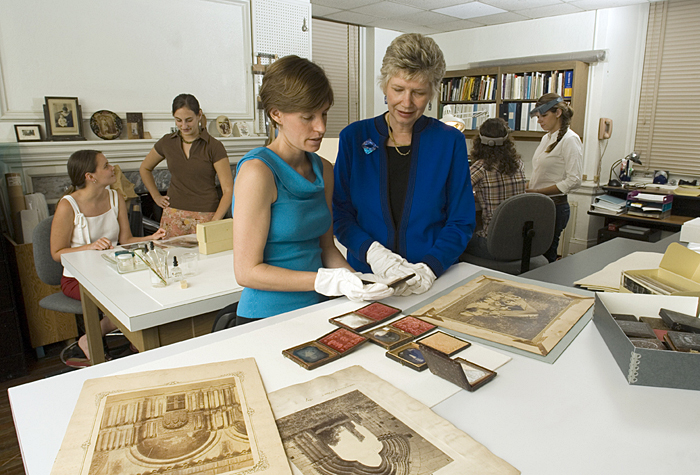 Debbie Hess Norris with some of her students from Art Conservation class at the University of Delaware. 8/31/05